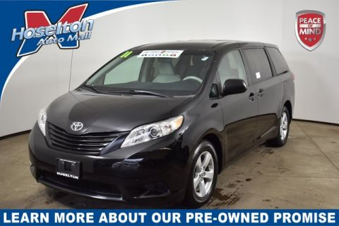 Pre-Owned 2011 Toyota Sienna